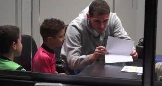 La cámara oculta de Iker Casillas a unos niños