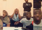Drogba enloqueció como un fan más con el último gol