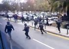 Carga policial en los alrededores de Mestalla
