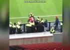 Spahic se lía a puñetazos con la seguridad de su estadio