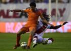 El Valencia flojea en Vallecas y se complica la Champions