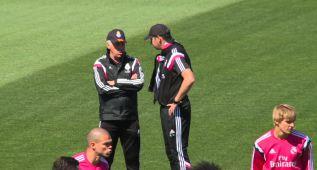 La intensa charla que mantuvo Ancelotti con Clement y Hierro