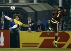 ¡Chilenón de David Luiz y volea a bote pronto de Robinho!