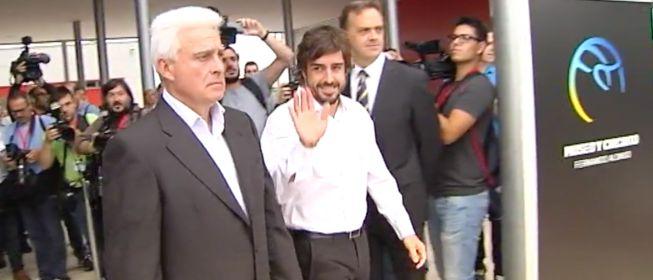 Fernando Alonso inaugura su museo y circuito de kárting