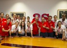 Las chicas de basket lucieron su medalla de bronce en AS