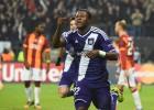 Así juega Mbemba, el líder de la defensa del Anderlecht