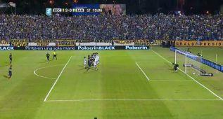 Tévez marcó su primer gol con Boca con un gran libre directo