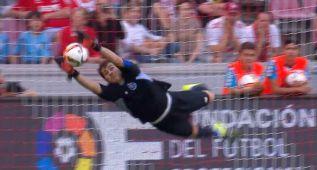 La fantástica estirada de Casillas para detener el penalti