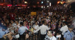 Shanghai se vuelve loco con la llegada de Torres y el Atlético