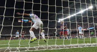 Así fue el remate de Vermaelen para su estreno goleador