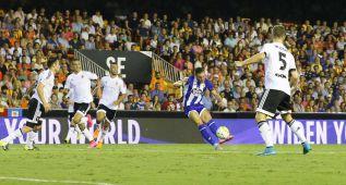 La zurda prodigiosa de Lucas Pérez: ¡Qué golazo al Valencia!