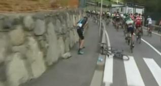 Así fue la caída de Froome a 5 kilómetros de la salida
