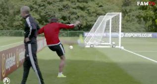 Bale es una estrella: golazo imposible en el entrenamiento