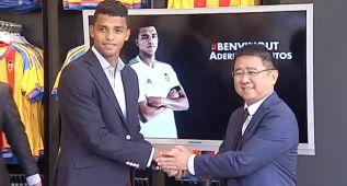 """Aderllan Santos: """"Es difícil compararme con otro jugador"""""""