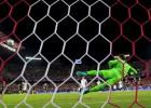 La locura de los penaltis del Pizjuán: ¡3 para el Sevilla!