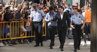 La Fiscalía exculpa a Messi y pide cárcel para su padre
