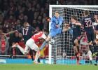 Neuer: de la parada del año a la cantada en el gol de Giroud