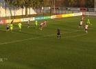 El hijo de Kluivert hace uno de los goles del año en el filial