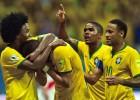 La magia de Douglas Costa lleva a la victoria a Brasil