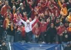 Los hinchas del Galatasaray se jugaron la vida en la grada