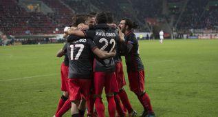 El Athletic pasa a dieciseisavos líder de grupo gracias a Aduriz