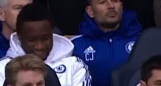 Obi Mikel se partió de risa con el gesto de Diego Costa a Mou