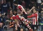 El PSV sufre y remonta para alcanzar los octavos de final