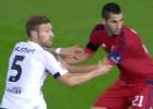 El árbitro anuló mal un gol a Mustafi en el minuto 8
