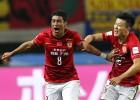 Paulinho tumba al América y el Guangzhou espera al Barça