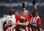 PSV: Cocu impone su sello con Guardado como conductor