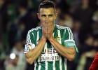 ¡Lo que le faltaba al Betis! Rubén Castro falló un penalti