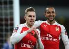 El Arsenal remonta gracias a Campbell, Ramsey y Giroud