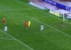 ¡Defensa de la Real hizo todo lo posible para regalar un gol!