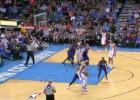 Westbrook y Durant liquidan a los Hornets en 3 cuartos