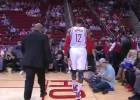 Howard se lesiona al comienzo y los Pistons asaltan Houston