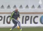 Zidane está para jugar: ¡Qué centro para volea de Modric!