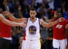 Curry y los Warriors aplastan al 2º mejor récord de la NBA