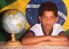 Dani Alves, el niño que cosechó sueños y hoy recoge éxitos