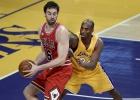 Otro doble-doble de Gasol fue mucho para los Lakers
