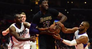 Novena derrota seguida de los Lakers ante los Clippers