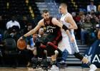 Jokic y los Nuggets sorprenden a los Raptors