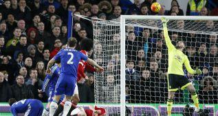 Espectacular De Gea: paradas imposibles en Stamford Bridge