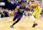 Kemba Walker y Jeremy Lamb machacan a los Pacers