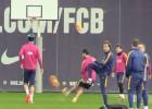 ¿Conseguirán encestar Messi o Suárez una canasta con el pie?