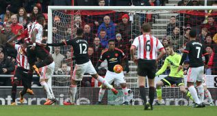 El Sunderland alarga la crisis infinita del Man United