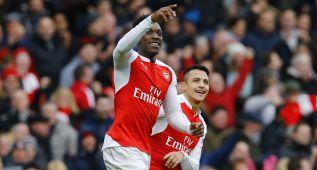 Welbeck tumba al Leicester y deja al Arsenal a 2 puntos