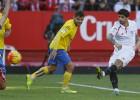 Banega no sólo crea juego, también marca goles así...