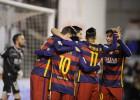El Barça golea al Rayo con polémica y sigue lanzado