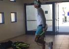 Nadal se relaja antes de jugar contra Djokovic...¡Bailando!