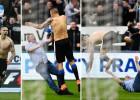 ¡Un fan 'le hace la cobra' a Mitrovic tras marcar el empate!
